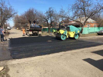 Ямочный ремонт асфальтобетонного покрытия ул. Братская от дома №1 до дома №43